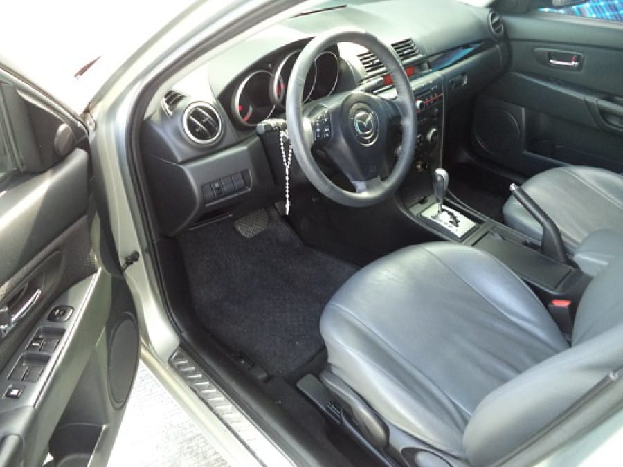 2009 Mazda 3 - Interior Front View
