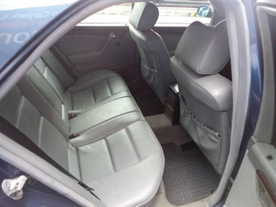 1986 Mercedes-Benz C36 - Interior Rear View