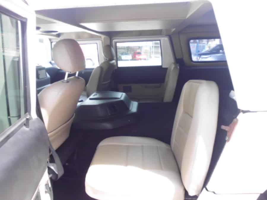 2000 Hummer H1 - Interior Rear View