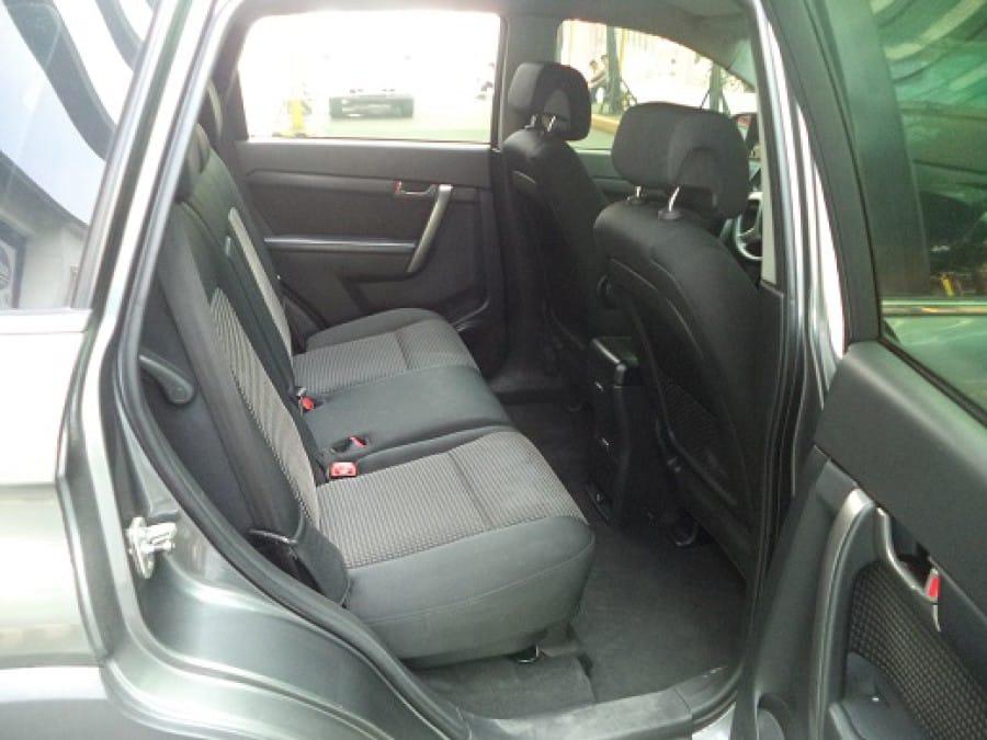 2009 Chevrolet Captiva - Interior Rear View