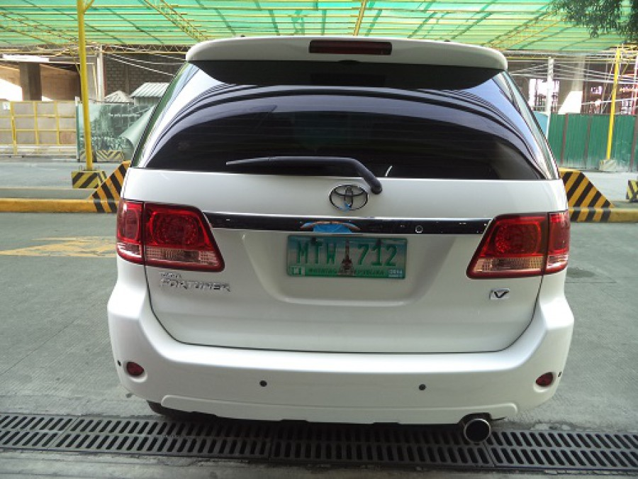 2007 Toyota Fortuner - Rear View