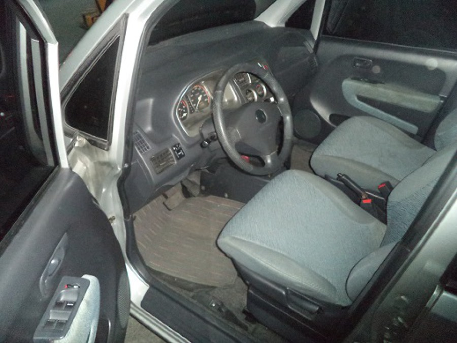 1999 Honda Fit - Interior Front View