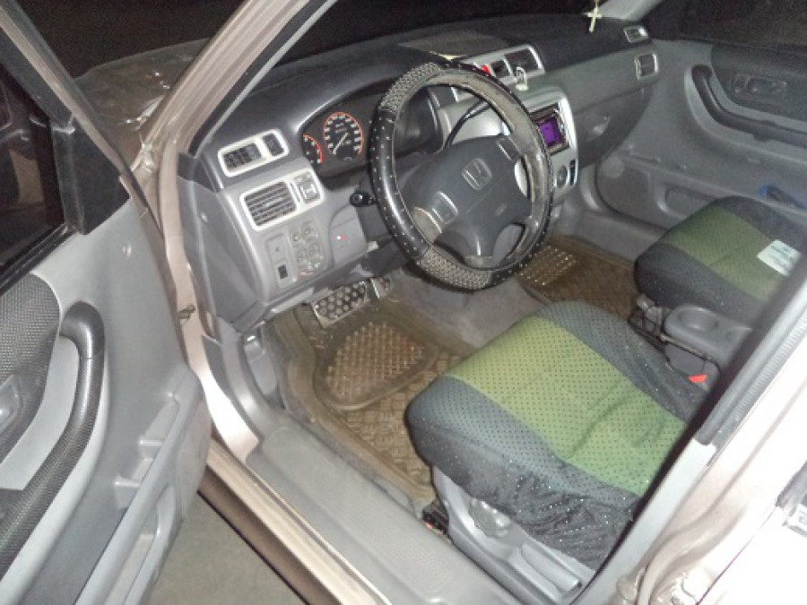 1998 Honda CR-V - Interior Front View