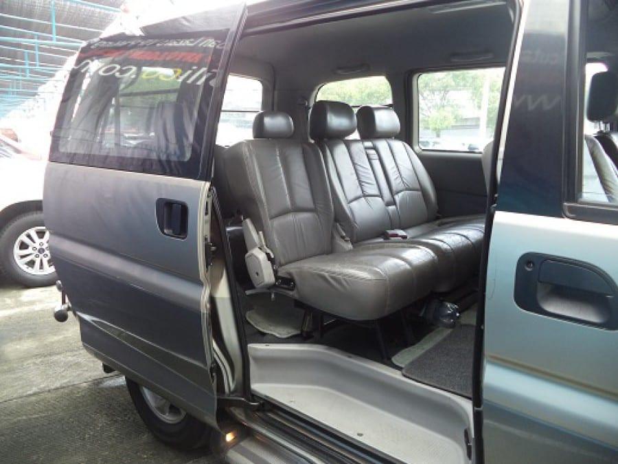 2003 Mitsubishi Space Gear - Interior Rear View