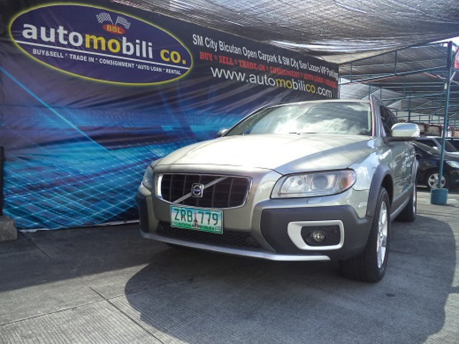 2008 Volvo XC70 - Front View