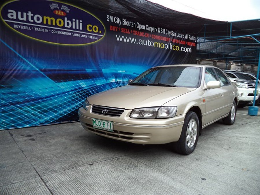 2001 Toyota Camry - Front View