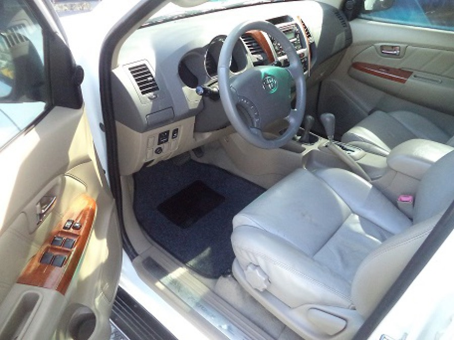 2009 Toyota Fortuner - Interior Front View