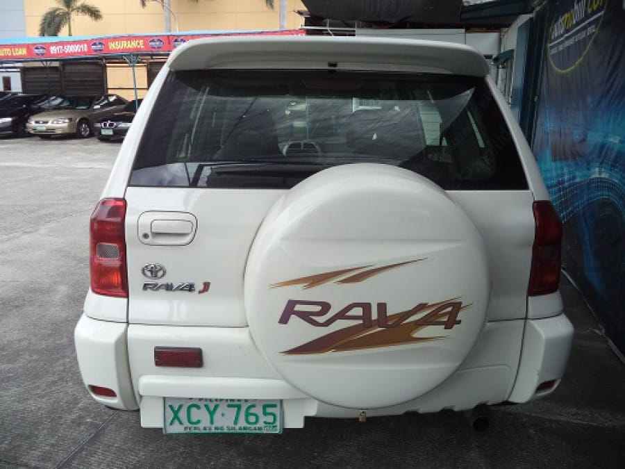 2002 Toyota RAV4 - Rear View