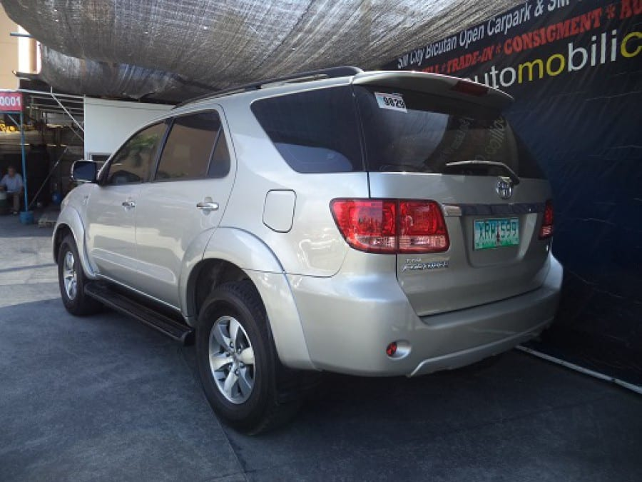 2005 Toyota Fortuner - Rear View