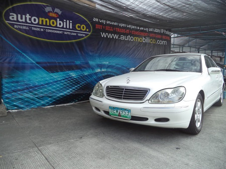 2000 Mercedes-Benz S320 - Front View