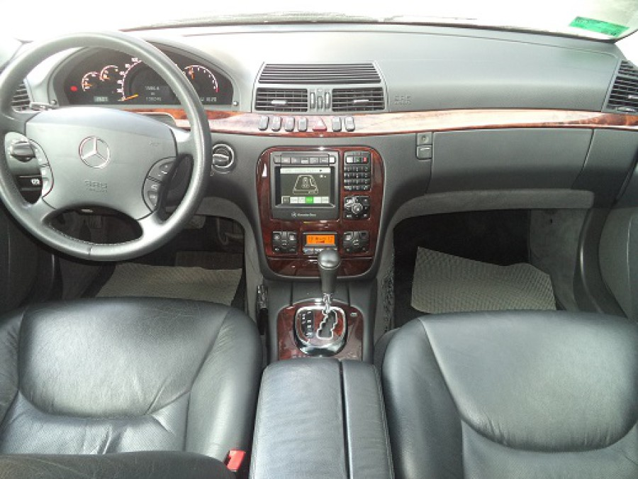 2000 Mercedes-Benz S320 - Interior Front View