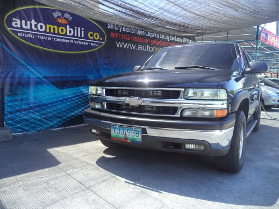 2002 Chevrolet Tahoe - Front View