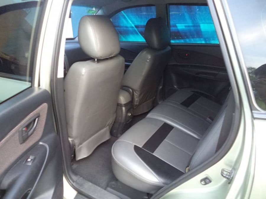 2007 Hyundai Tucson - Interior Rear View