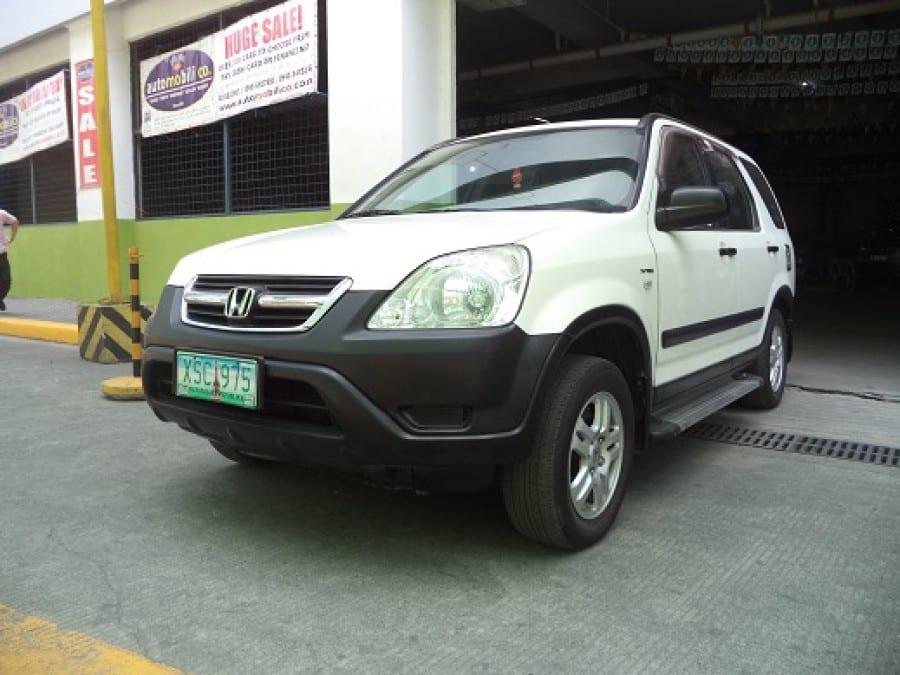 2004 Honda CR-V - Front View