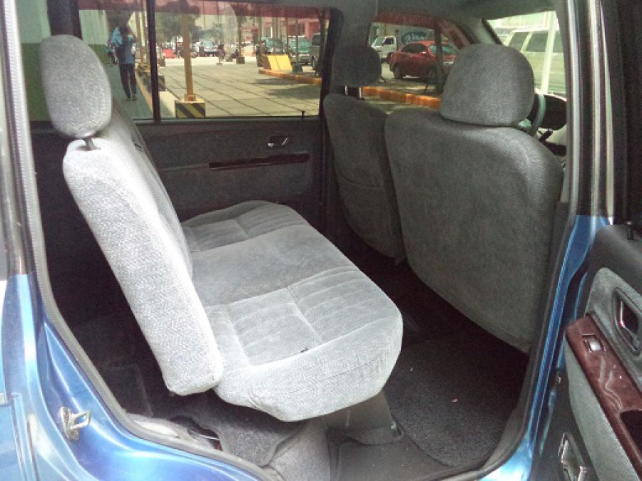 2000 Mitsubishi Adventure - Interior Rear View