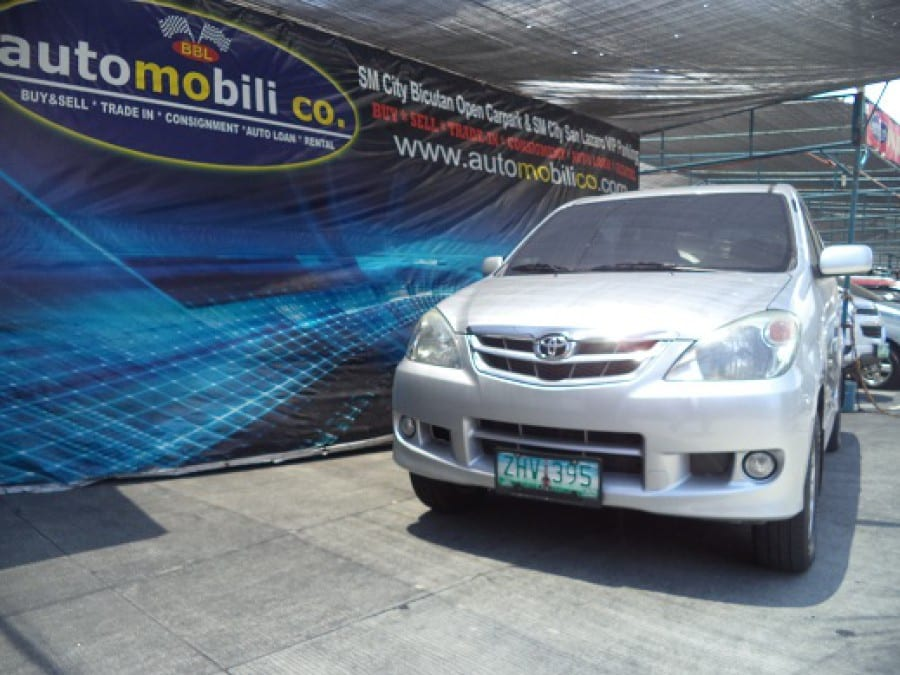 2007 Toyota Avanza - Front View