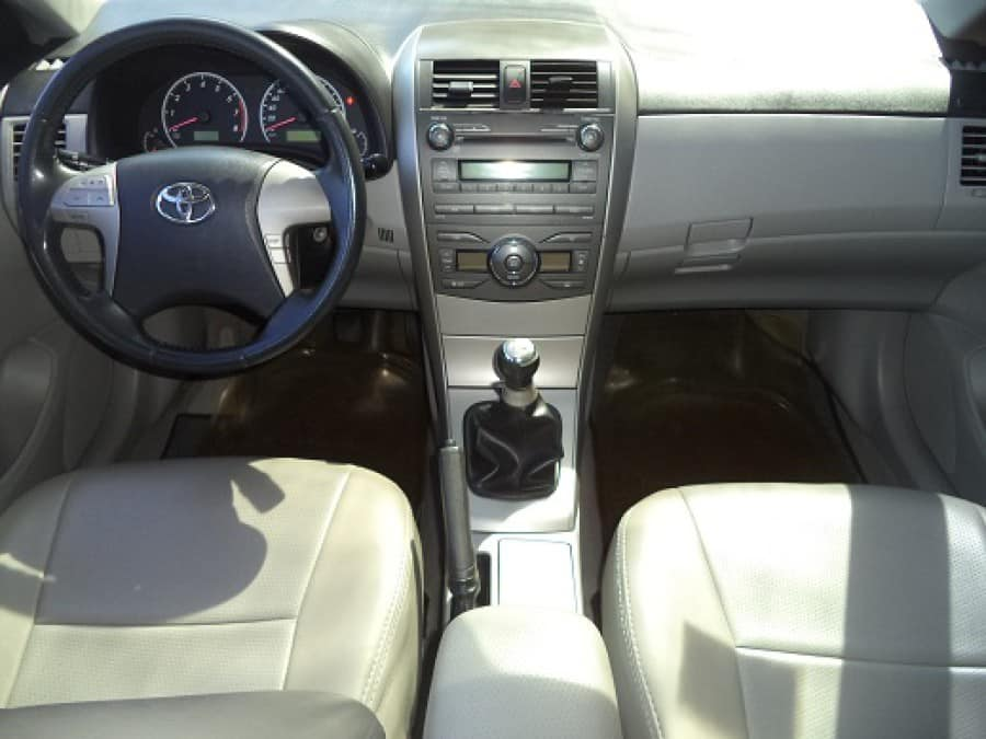 2008 Toyota Altis - Interior Front View
