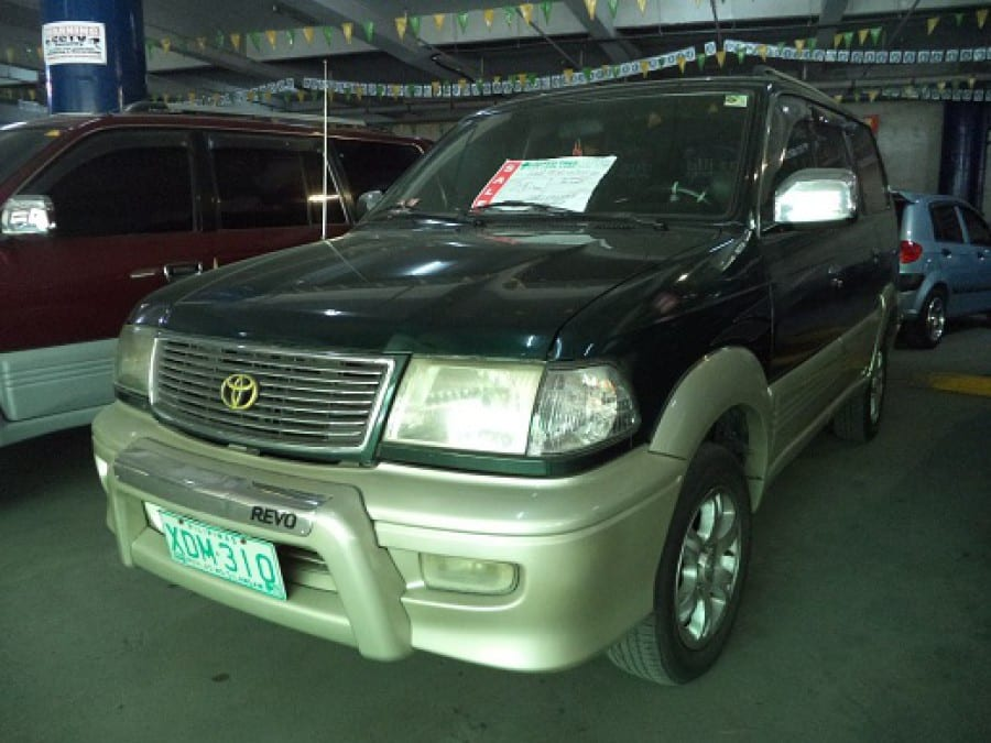 2002 Toyota Revo - Front View