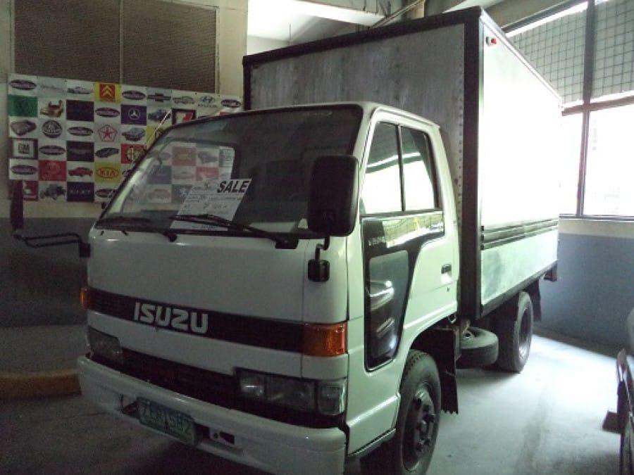 2006 Suzuki Wagon - Front View