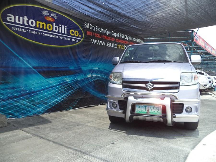 2010 Suzuki APV - Front View