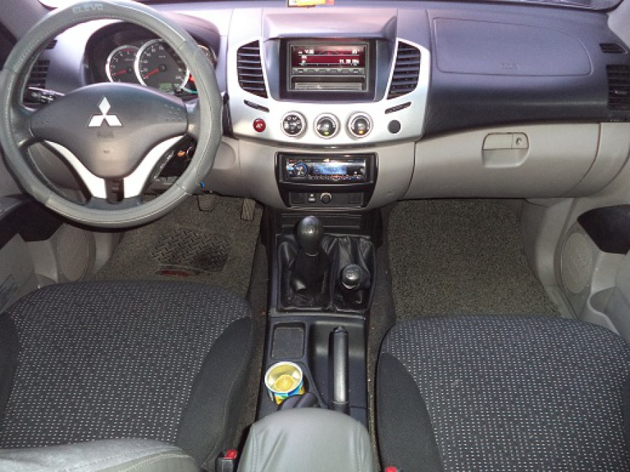 2010 Mitsubishi Strada - Interior Front View