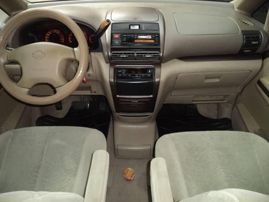 2007 Nissan Serena - Interior Front View