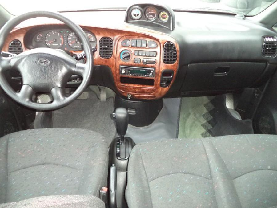 2002 Hyundai Starex - Interior Front View
