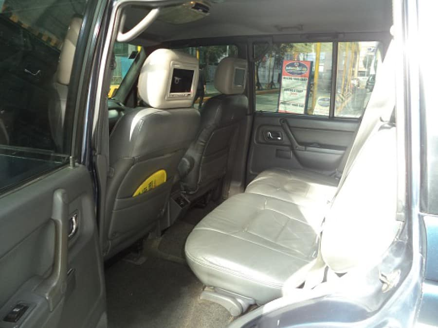 1997 Mitsubishi Pajero - Interior Rear View