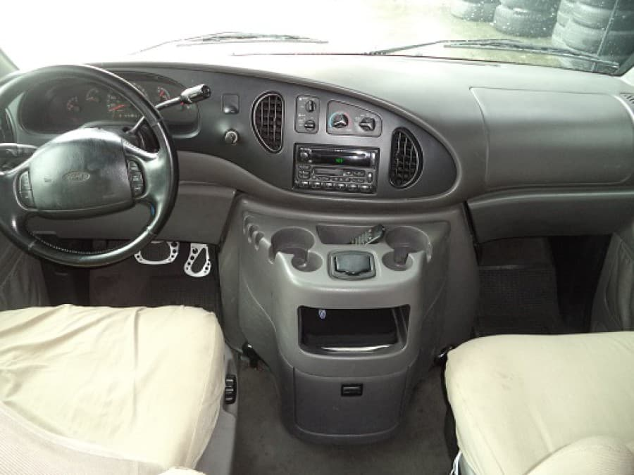 2002 Ford E-150 - Interior Front View