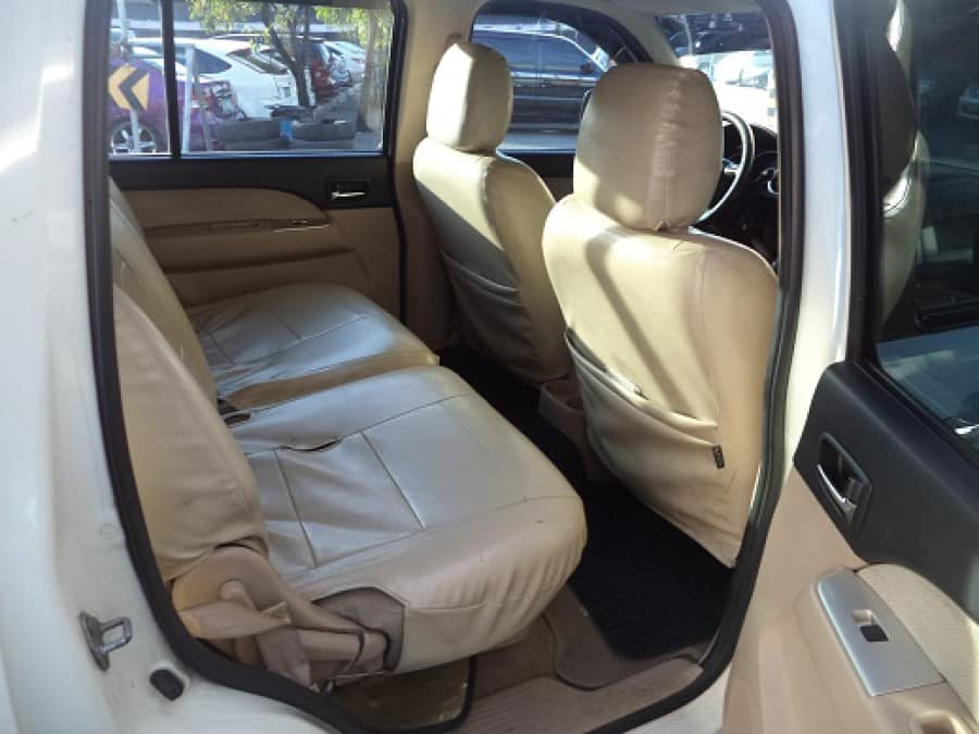 2008 Ford Everest - Interior Rear View