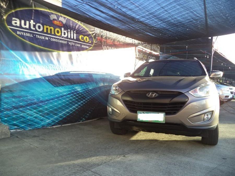 2011 Hyundai Tucson - Front View