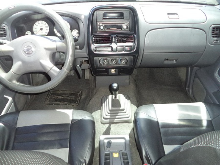 2004 Nissan Pickup - Interior Front View