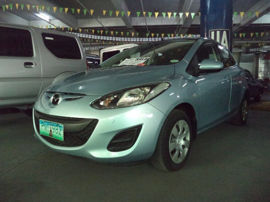 2011 Mazda 2 - Front View