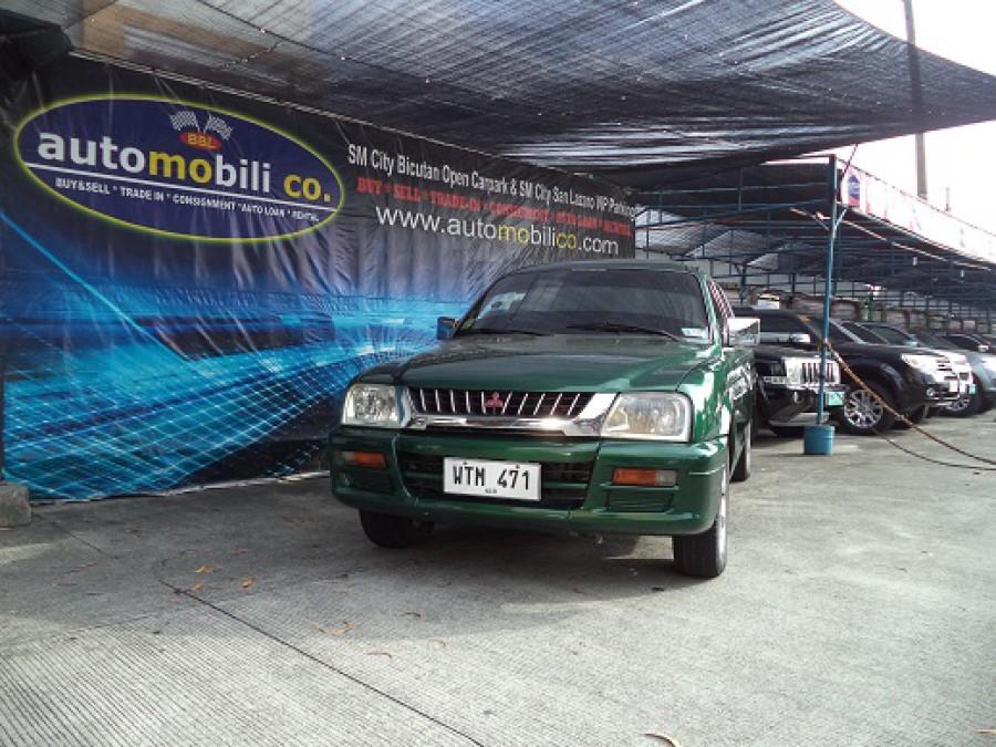 2001 Mitsubishi L200/Pick Up - Front View