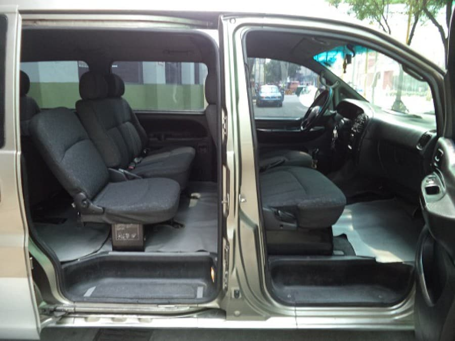 2004 Hyundai Starex - Interior Rear View