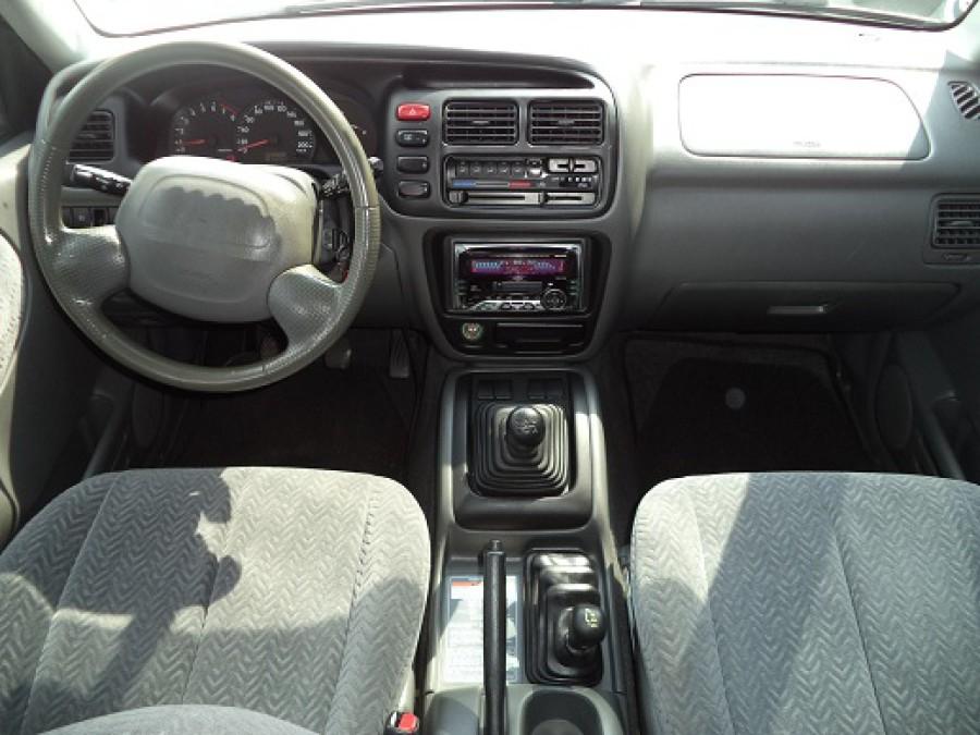 2002 Suzuki Vitara - Interior Front View