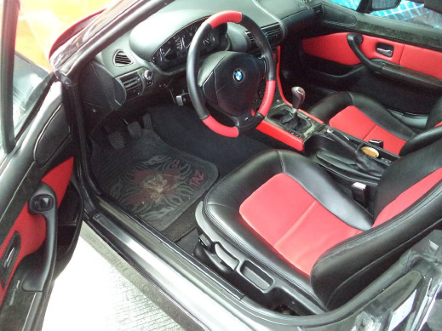 1998 BMW Z3 - Interior Front View