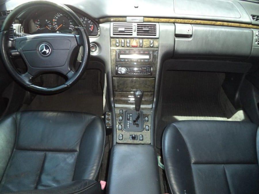 1998 Mercedes-Benz E-Class - Interior Front View