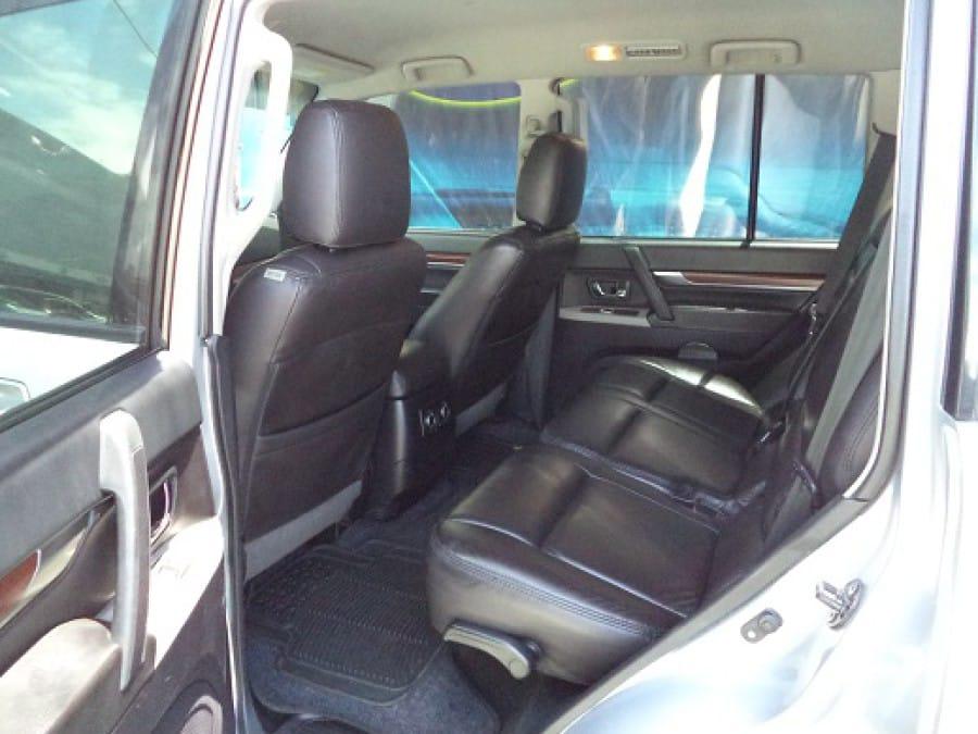2008 Mitsubishi Pajero - Interior Rear View