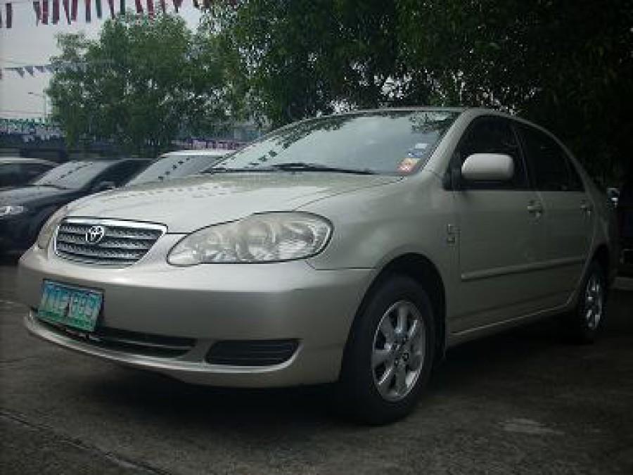 2005 Toyota Corolla Altis E - Front View