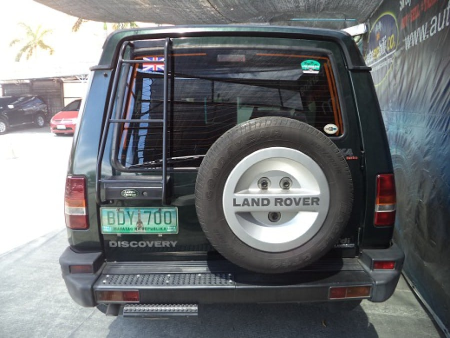 1997 Land Rover Discovery - Rear View
