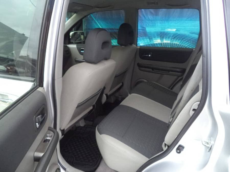 2008 Nissan X-Trail - Interior Rear View