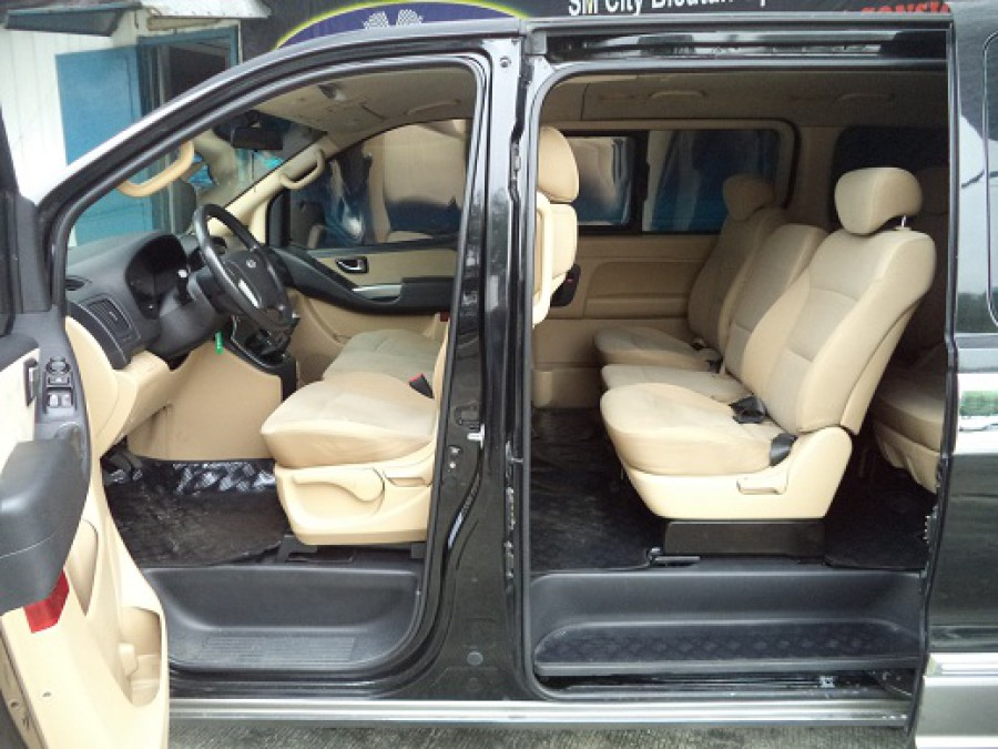2011 Hyundai Starex - Interior Rear View
