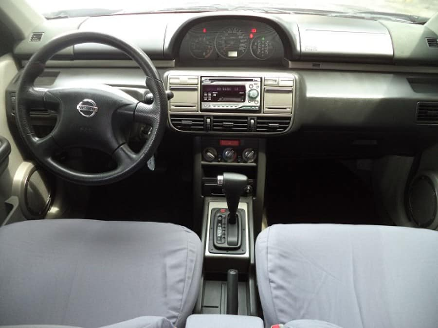 2004 Nissan X-Trail - Interior Front View