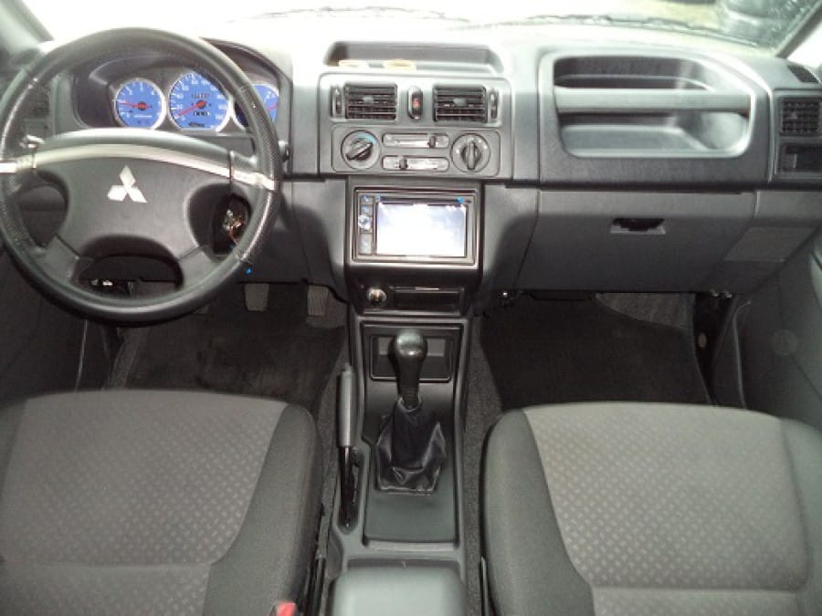 2013 Mitsubishi Adventure - Interior Front View