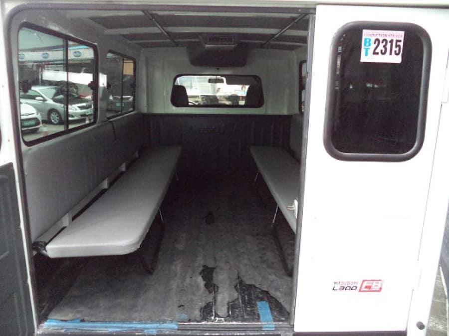 2013 Mitsubishi L300 - Interior Rear View