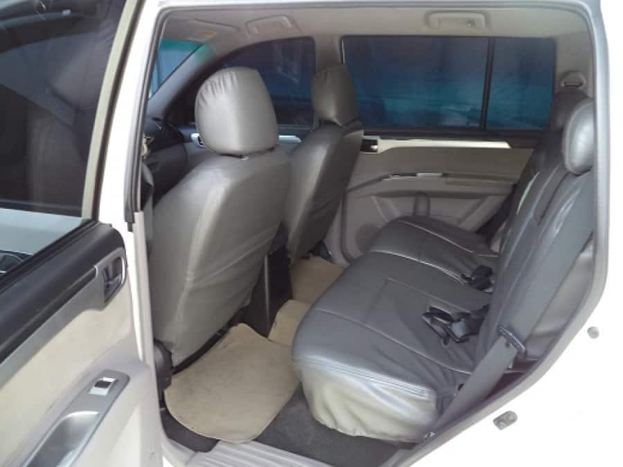 2009 Mitsubishi Montero Sport - Interior Rear View