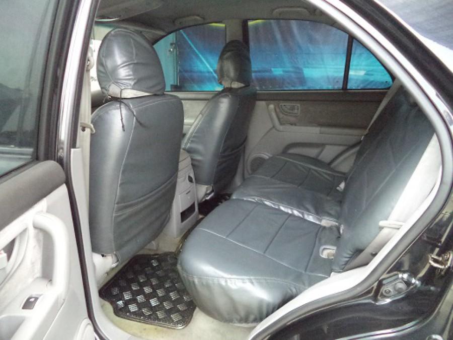 2005 Kia Sorento - Interior Rear View