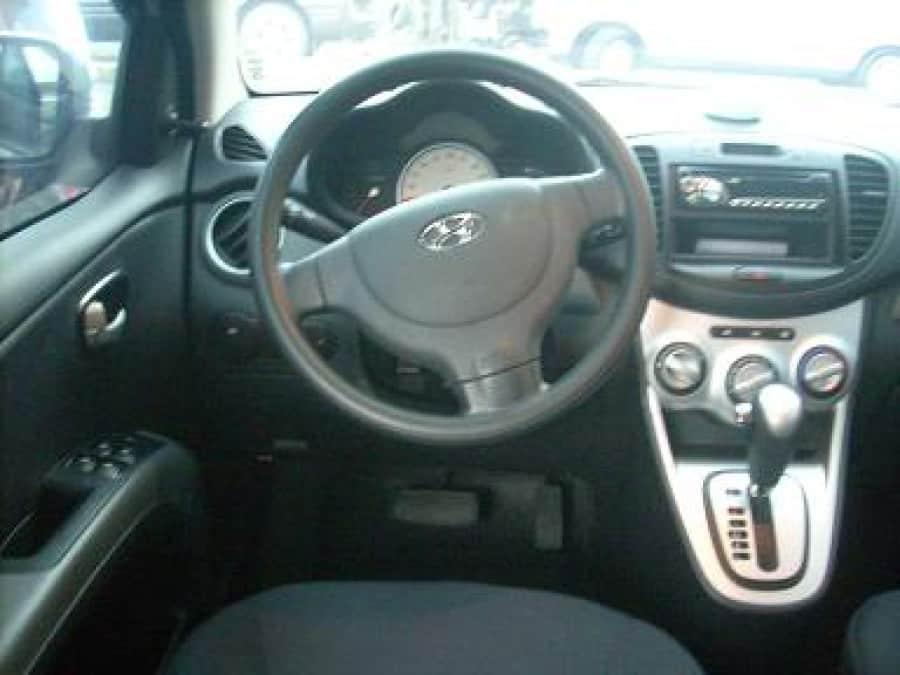 2009 Hyundai Getz - Interior Front View