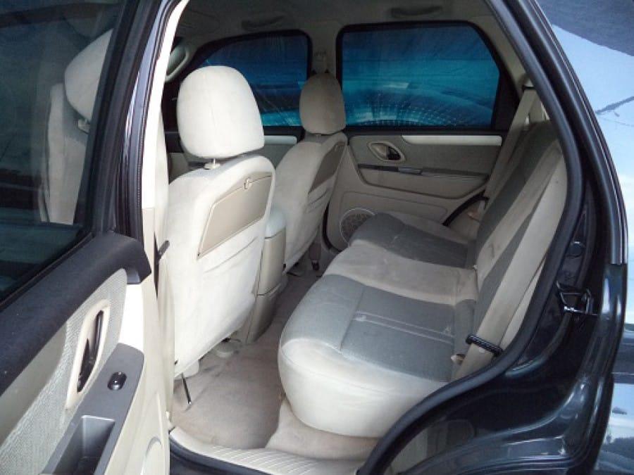 2011 Ford Escape - Interior Rear View